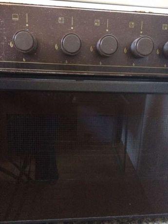 Fogão com forno com oferta de bilha, redutor e tubo gas ler anuncio