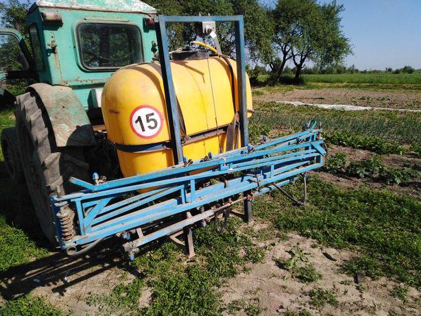 Продам оприскувач 400л  на трактор