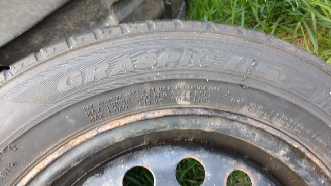 Komplet kol Dunlop Grapic 175/65 R14 82Q KFZLI6530 ET45