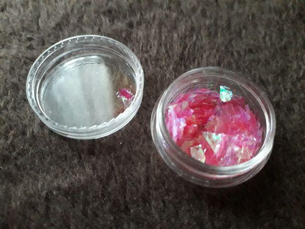 Różowa ozdoba do paznokci