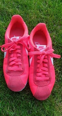 Adidasy Nike 37,5