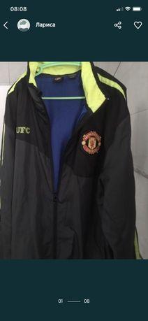 Куртка Манчестер, размер S, ветровка. Смотрите еще зимняя куртка есть.