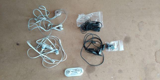 5 auriculares / fones Novos
