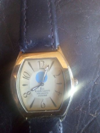 Продам часы ручные