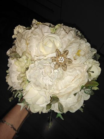 Bukiet ślubny bardzo ładny odbiór osobisty.