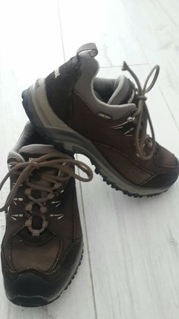 Якісні демісезонні кросівки, нубук і натур.замша