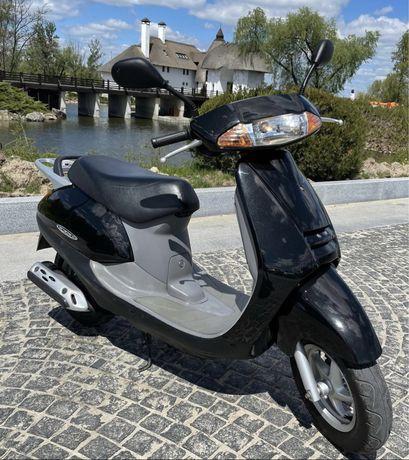 Honda lead af 48 скутер, Распродажа