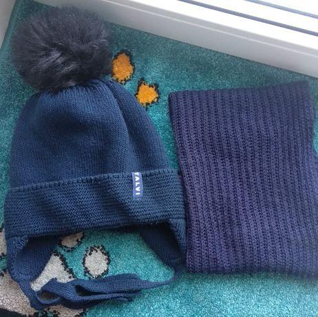 Зимова шапка на зав'язках