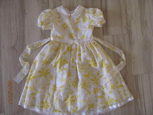 Sukienka na święta r. 134