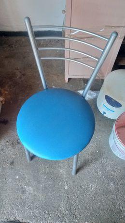 Продам стулья почти новые