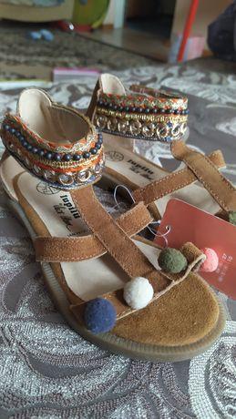Босоножки сандалии для девочки Lupilu