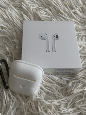 Apple AirPods with Charging Case Оригинал новые