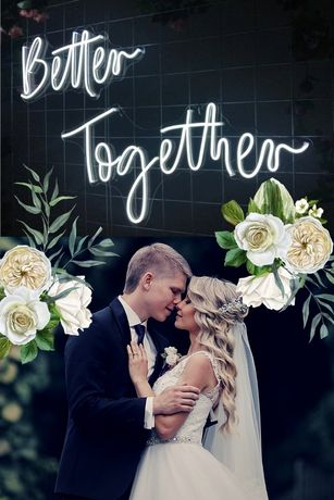 Wypożyczalnia neon napis na ślub wesele Better Together
