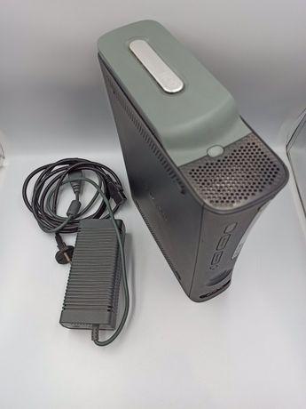 Игровая консоль приставка Xbox 360