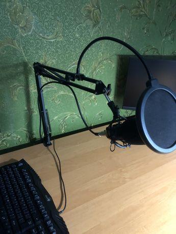 Студійний мікрофон