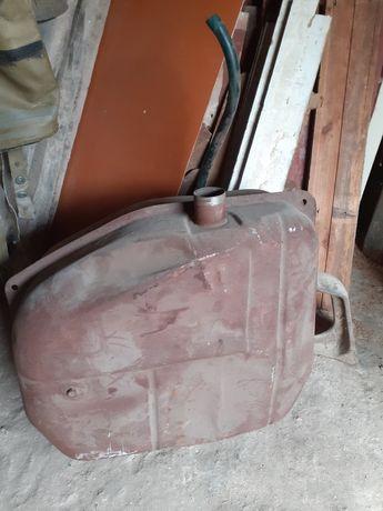 Бак к автомобилю ВАЗ 2102
