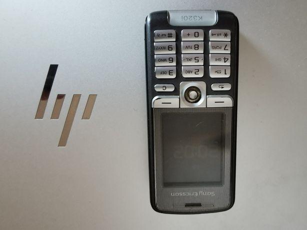 Clássico Sony Ericson 320i