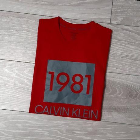 Футболка Calvin Klein, размер S, оригинал