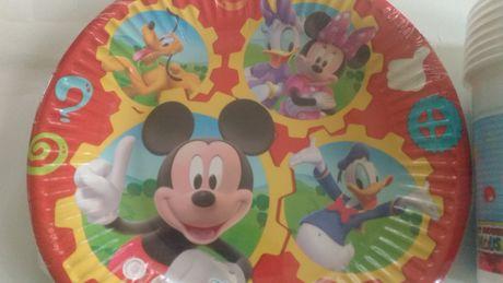 Nowe papierowe talerzyki Myszka Mickey na urodziny – 10 szt.