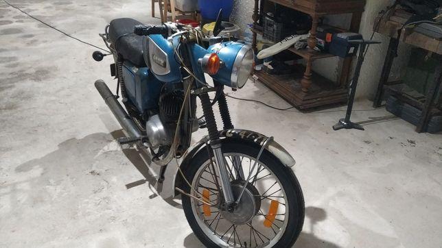 Vendo moto MZ 150