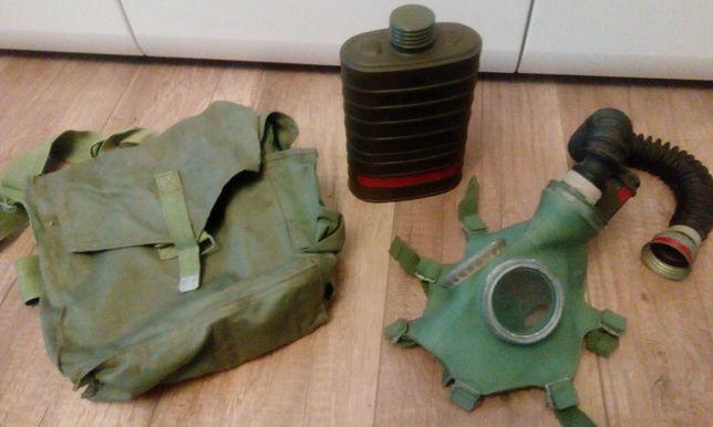 Maska Gazowa 1969 rok+czapka uszanka+5xopatrunek LWP+proporczyk