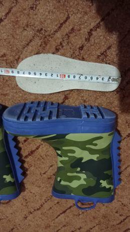 Резиновие сапоги. Гумові чоботи р. 28