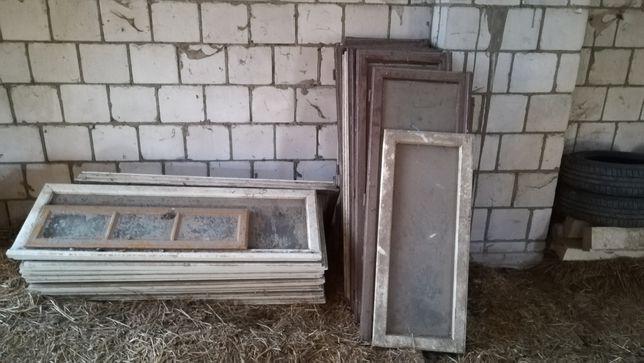 Stare okna na szklarnie