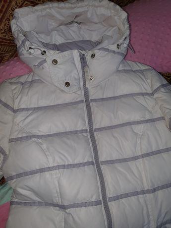Продом зимнюю куртку пуховик