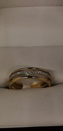 złoty pierścionek zygzak próba 585 cudny dla CIEBIE