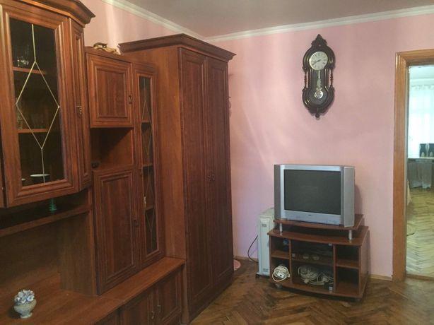 Оренда 2 -ох кімнатноі  квартири на вул.Г.  Безручко.