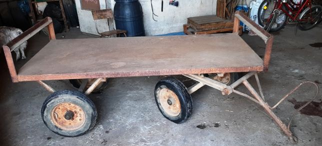 przyczepka; platforma; wózek 4 kołowy