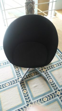 Cadeira preta IKEA