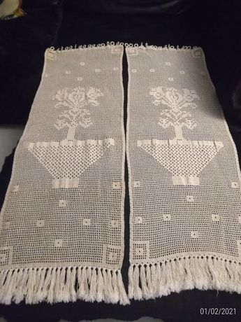 2 cortinas em crochê