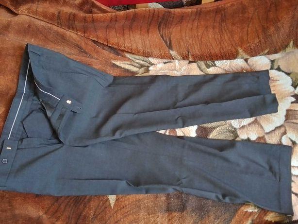 Spodnie ciemno popielate Rozm.M-L