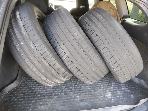 Продам 2 літні шини MICHELIN Latitude sport 235 65 R17