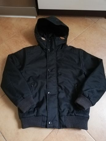 Czarna kurtka z kapturem dla chłopca rozmiar 134cm wysyłka gratis