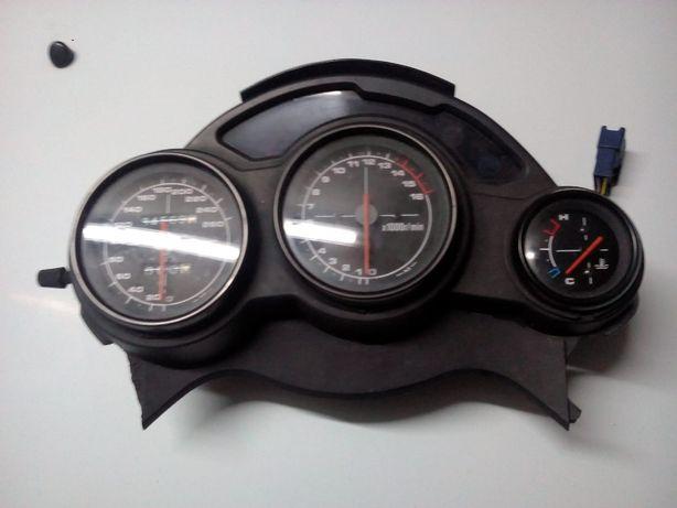 Manómetros suzuky rf600