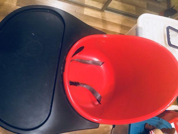 Designerskie krzeselko do karmienia