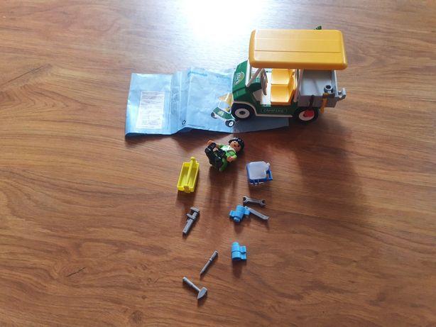 Playmobil pojazd serwisowy na campingu 5437