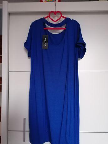 Sukienka dzianinowa na krótki rękaw