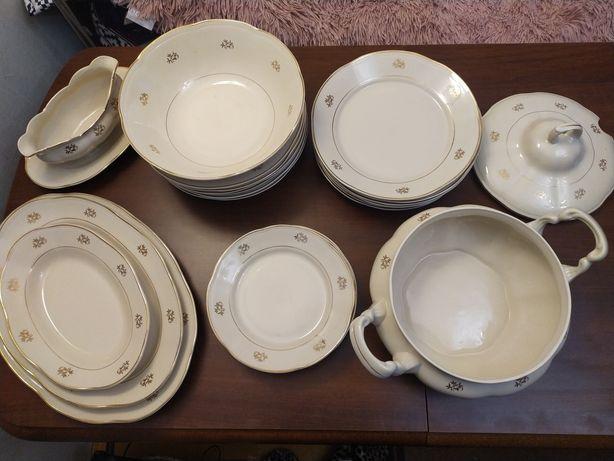 Zastawa obiadowa Chodzież porcelana