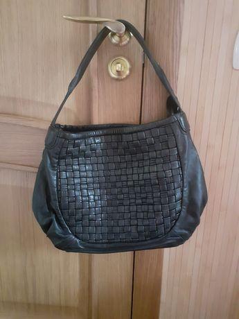 Кожаная фирменная сумка