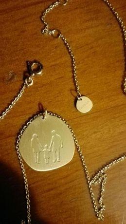 Fio prata dourada OMNIA - símbolo da Família novo