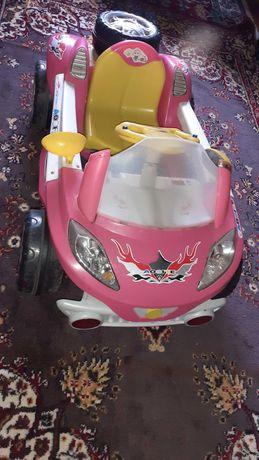 Детский электромобиль , машина