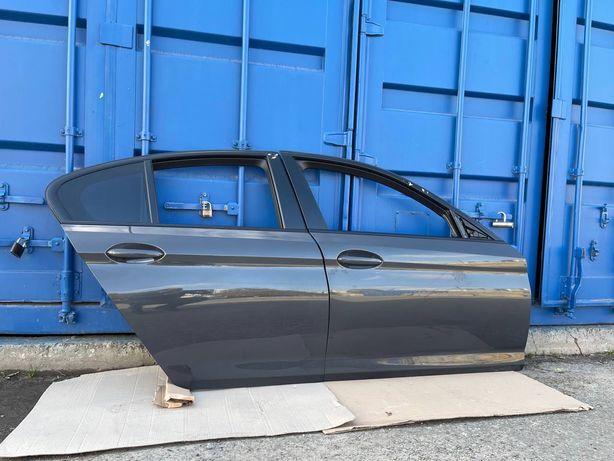 BMW 5 G30 двери, дверь  4шт (Комплектные, цвет С17 DONINGTON GREY)