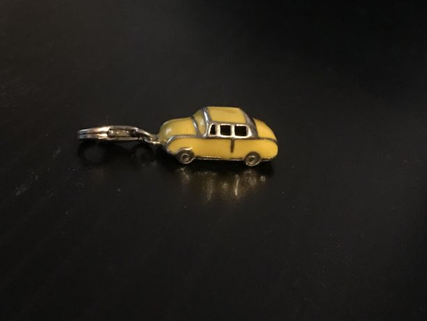 Charms Apart samochód srebro 925