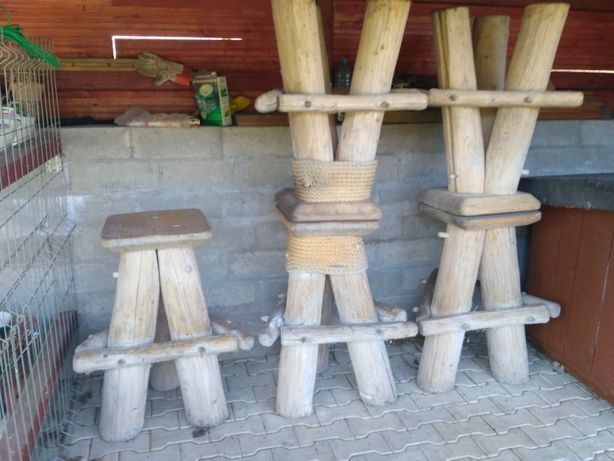 Hokery drewniane