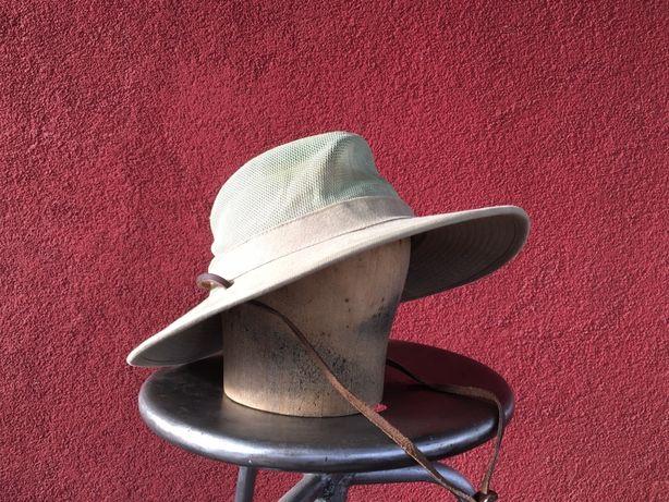 Sprzedam w super stanie kapelusz i kaszkiety