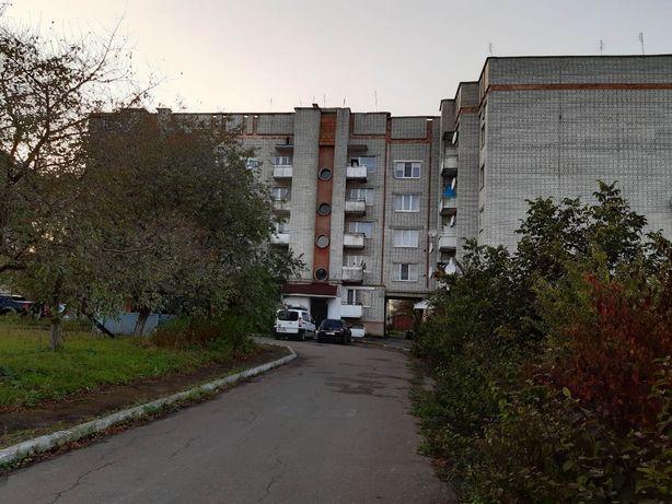 Продаю трикімнатну квартиру, дзвоніть поторгуємся)