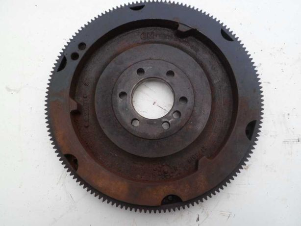 Silnik Mercruiser 2,5 L i 3,0 L. koło zamachowe, części
